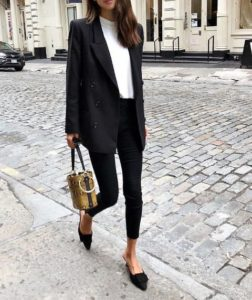 It does not get more timeless than an oversized blazer. So versatile and sophisticated, it will really bring your outfit together.