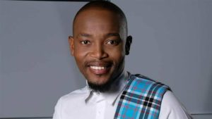 Moshe Ndiki proves he is a mood for days on Dinner at Somizi's !!-SurgeZirc SA
