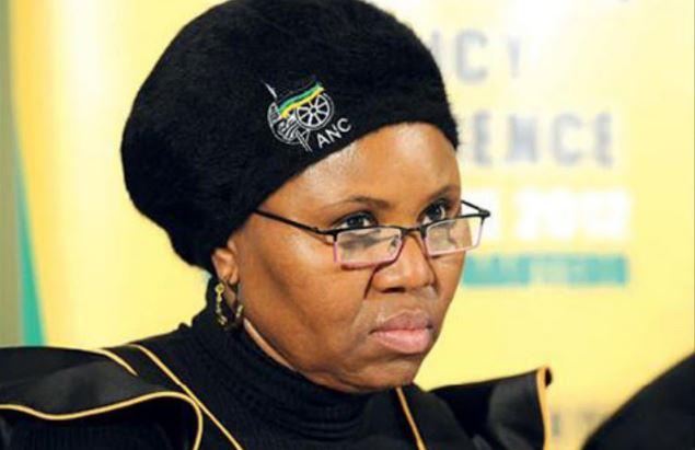 Watch| The Moment When Loadshedding Cuts Off Lindiwe Zulu During TV Interview-SurgeZirc SA