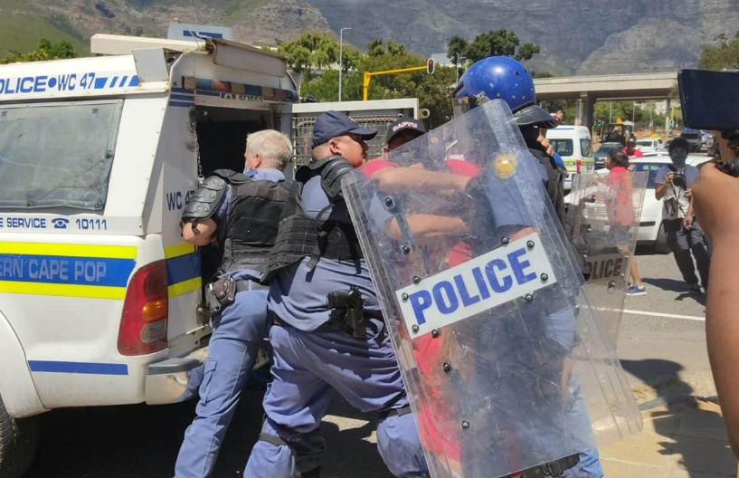 Arrests Made As Cape Town Protesters Try To Enter Parliament (Video)-SurgeZirc SA