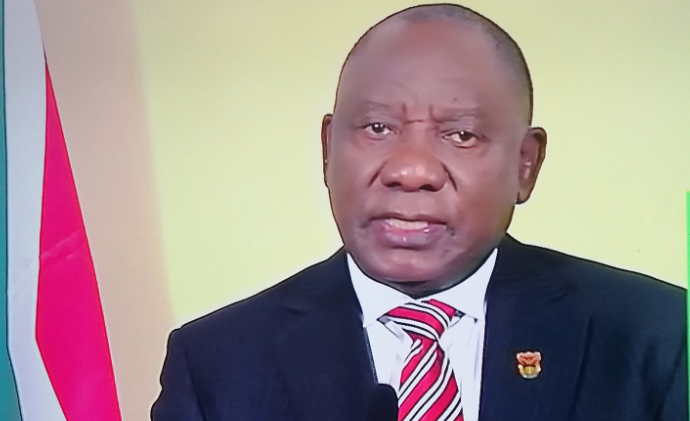 Mzansi Including Ndlozi Finds Humour In President Cyril Ramaphosa's Make-up Look-SurgeZirc SA