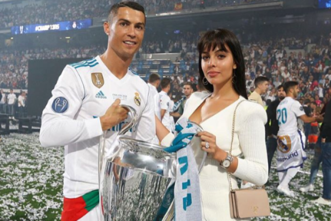 Georgina Rodriguez Desperately Wants Cristiano Ronaldo To Propose-SurgeZirc SA